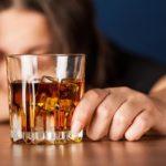 Mitől szenved, aki alkoholista családban nő fel?