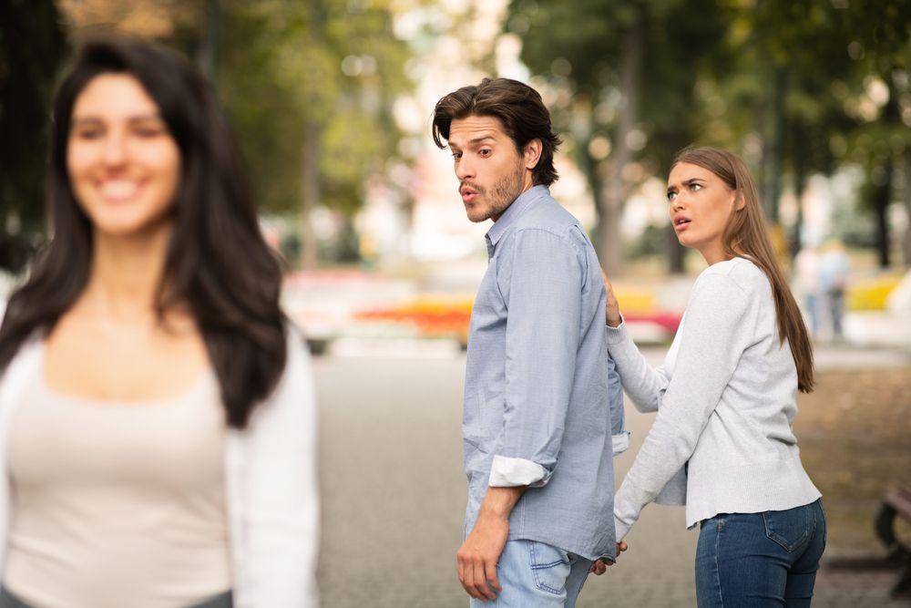 a férj folyamatos féltékenysége és gyanakvása jézus és a látvány