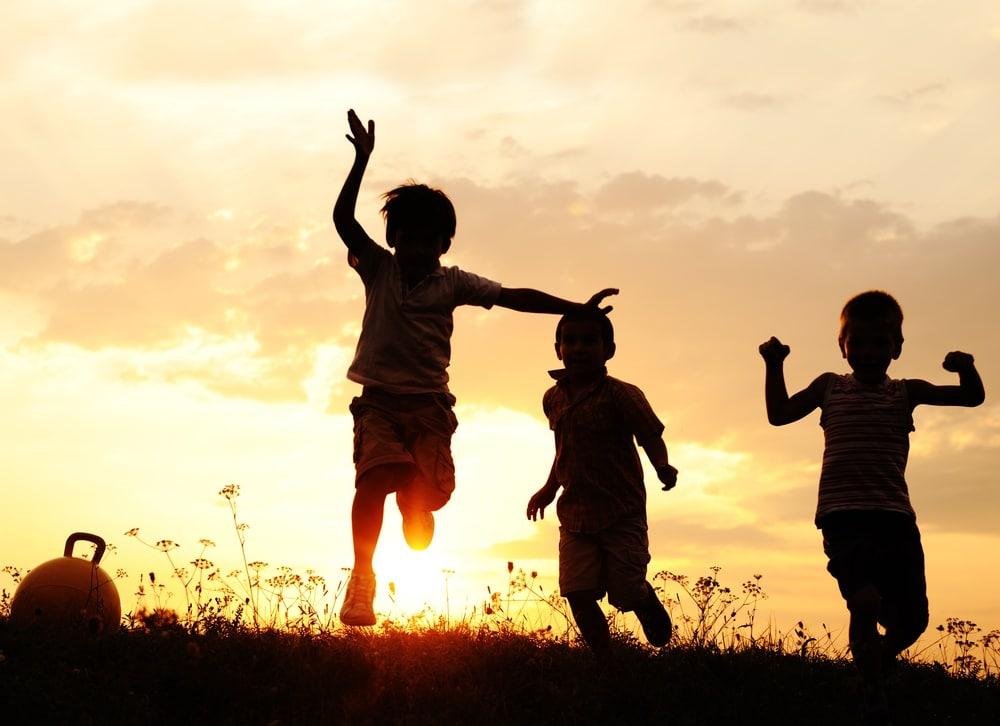 Gyerekek mozaikcsaládban | Pedagógiai Folyóiratok